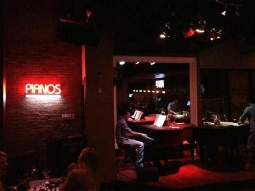 bar philadelphia piano Redhead