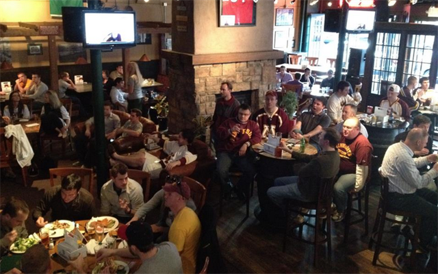 Join The Happy Hour At Blarney Pub Amp Grill In Minneapolis