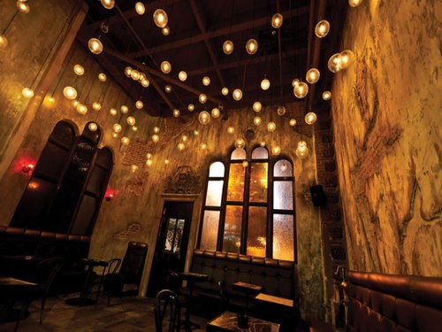 Join The Happy Hour At Salvage Bar Lounge In Los Angeles