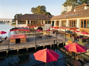Lake Chalet Seafood Bar & Grill