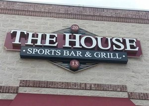 The House Sports Bar & Grill