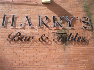 Harry's Bar & Tables