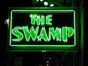 Swamp Room Bar & Grill