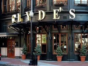 Clyde's of Gallery Place