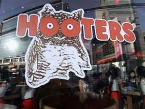 Hooter's