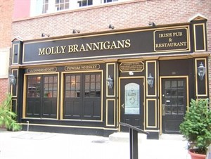 Molly Brannigans Traditional Irish Pub & Restauran