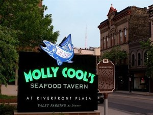 Molly Cools Seafood Tavern