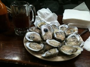 Captain's Seafood & Oyster Bar