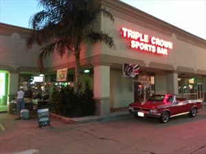 Triple Crown Sports Bar