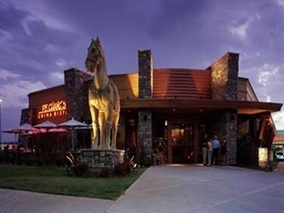 Join the happy hour at the fish house in miami fl 33165 for Atlanta fish house and grill