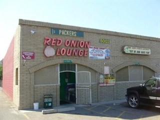 Red Onion Lounge & Restaurant