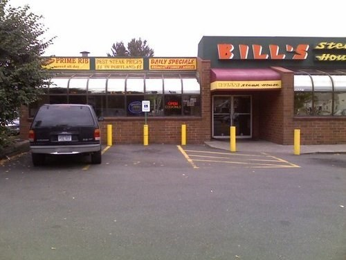 Join The Happy Hour At Bill S Steakhouse In Portland Nv 97220