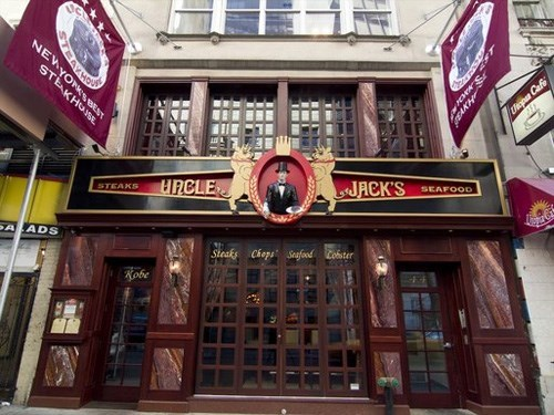 Join The Happy Hour At Uncle Jack S Steakhouse In New York