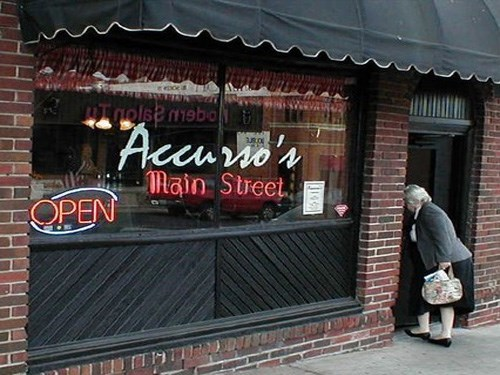 Join The Happy Hour At Accurso S Italian Restaurant In