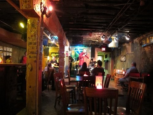 Join the Happy Hour at Elephant Room in Austin, TX 78701