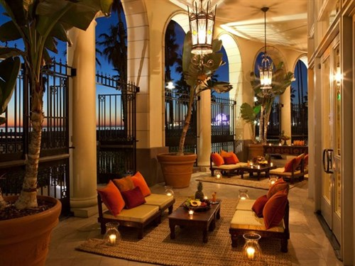 Join The Happy Hour At Terrazza Lounge At Hotel Casa Del Mar