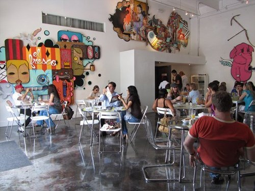 Join The Happy Hour At Cafeina Wynwood Lounge In Miami Fl